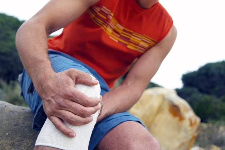 Treating Chronic Knee Pain at Physio Logic in Downtown Brooklyn